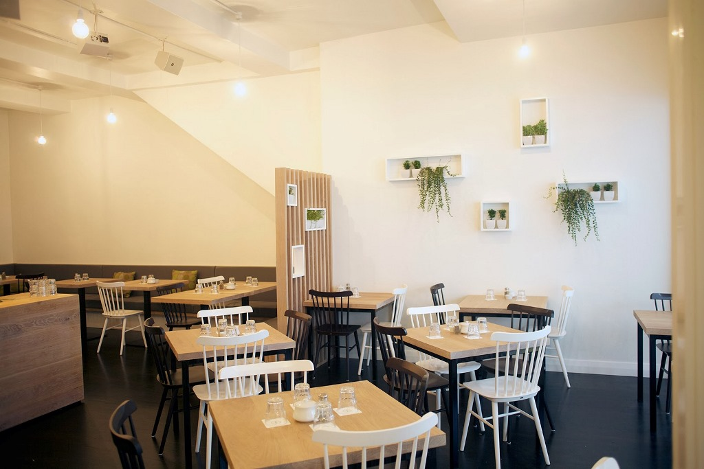 Neo Cafe & Eatery