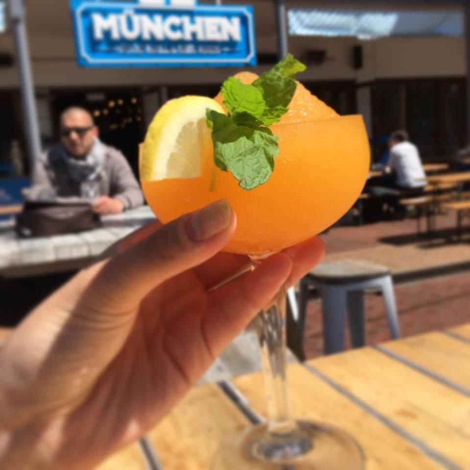 Munchen: Food Hall & Bier Haus