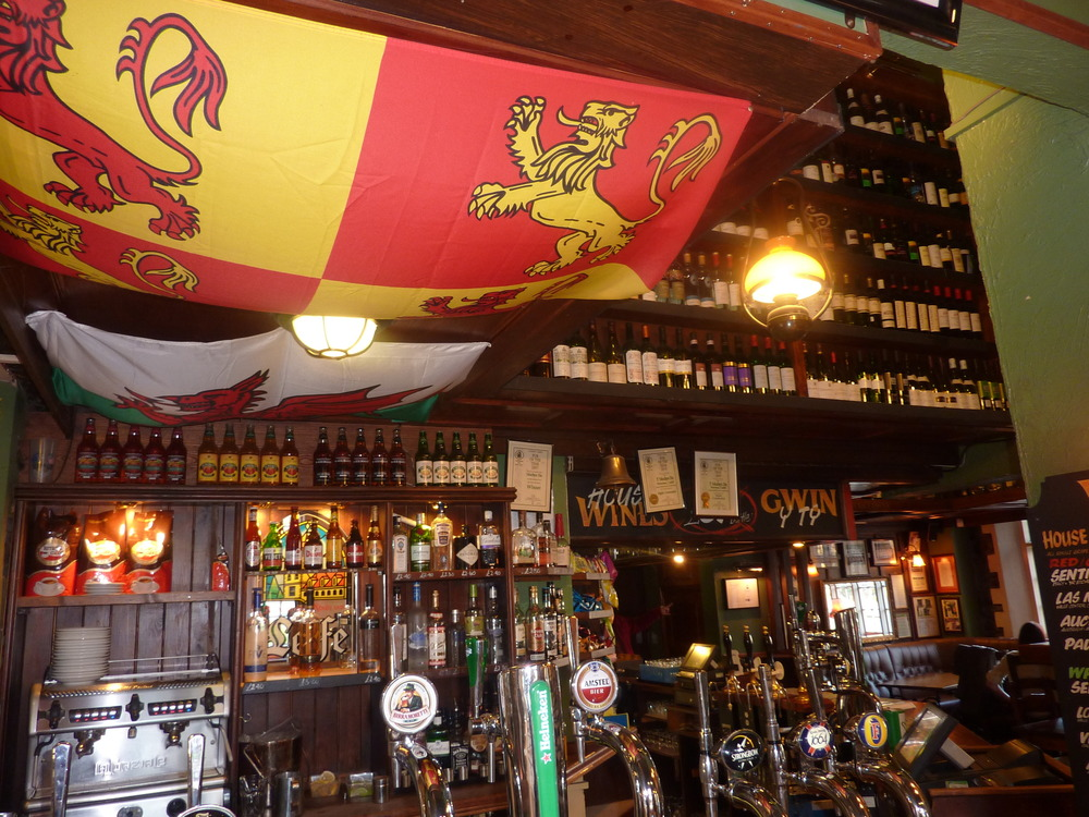 The Welsh Dragon Bar