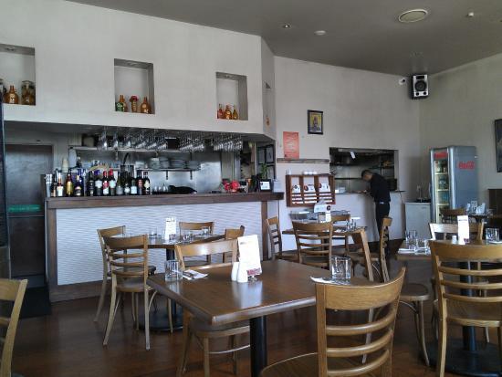 Amphora Restaurant