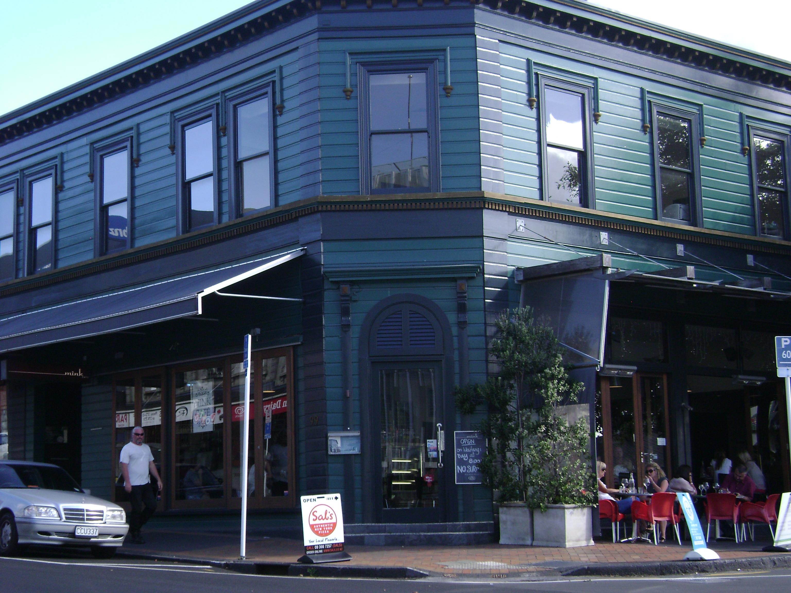 Mink Cafe